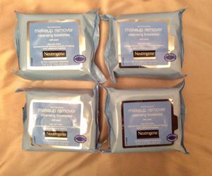 4 packs Neutrogena Makeup Remover 25 cts