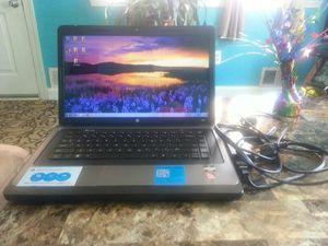 Laptop hp Windows 7 año 209