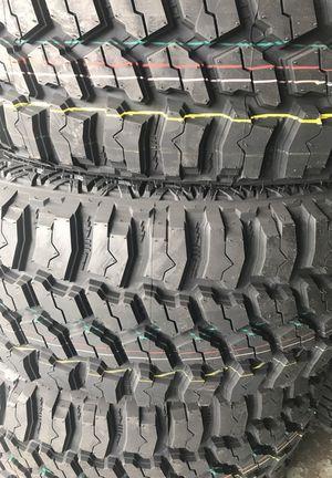 35125018 new tires set