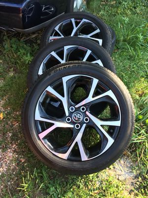 18 inch rims and tires (Toyota)