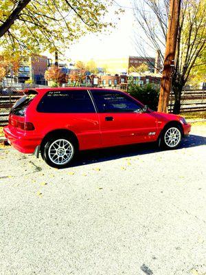 Honda Civic 1991 lo vendo o lo cambio por un automático al valor del carro le invertido plata este carro