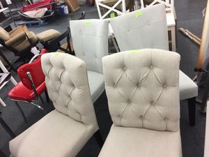 Dining Room Chairs Set of 4 Brand New Never Been Used