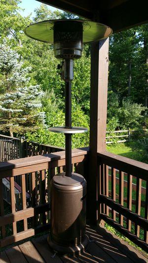 Outdoor patio heat tower