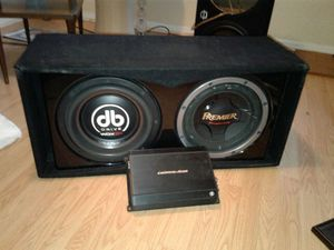 Two mixed 12 inch subs w/ 2000w amp