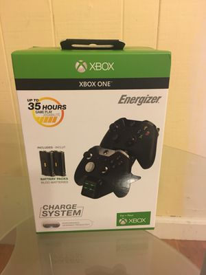 Energizer Xbox One Controller charging case and batteries brand new