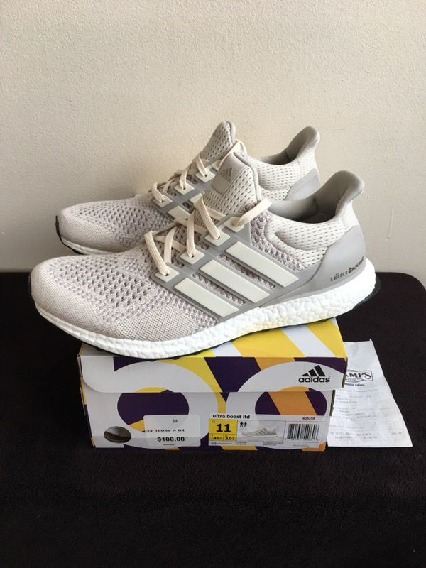 Adidas Ultra Boost Yeezy Chalk Cream Off White NEW DS Size 11 (Clothing &  Shoes) in Chicago, IL