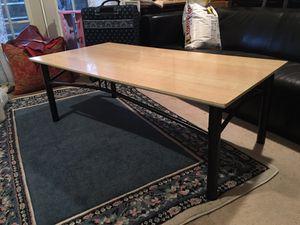 Living Room/Coffee Table
