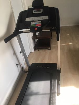New pro-form 6.0 RT treadmill