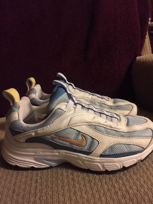 Nike used one time very good condition size 3,5