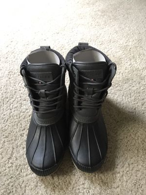 Tommy Hilfiger Weather Resistant Boots. Size 10