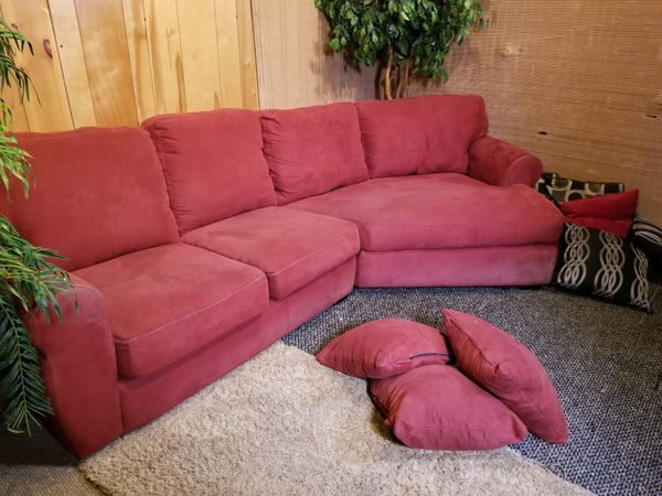 Sectional couch ( FREE DELIVERY) (Furniture) in Seattle, WA - OfferUp