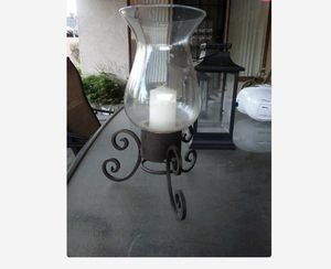 $15 - Beautiful Large Hurricane Vase/Candle Holder!