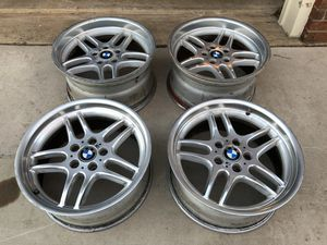 BMW M parallel wheels 18x8 and 18x9.5 staggered oem