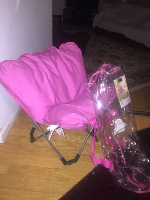 KIDS COMFY CHAIR (Furniture) in Fremont, CA   OfferUp