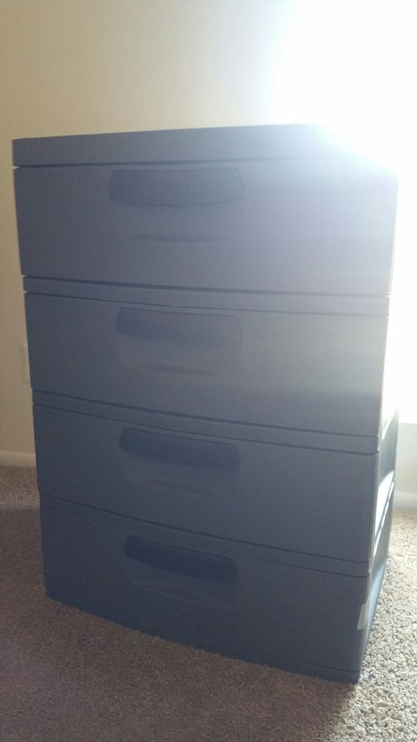 Heavy duty plastic drawer Household in Ballwin MO