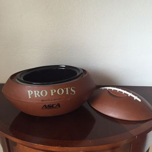 Pro pots Football Shaped Slow cooker