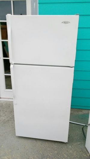 """WHIRLPOOL REFRIGERATOR)DIMENTIONS: 28"""" w by 30"""" 1/2 d by 62"""" h (im willing to deliver for extra fee"""