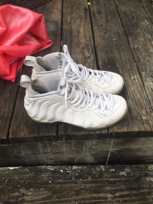 Foams all white size 9.5 men