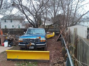Ford f250 4×4 plow truck Manual gas $4,000 OBO