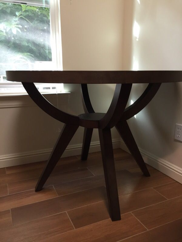 west elm 42quot Arc Base Pedestal Dining Table Furniture in  : d74ce99ef64247bb929ea71c13d118f9 from offerup.com size 600 x 800 jpeg 40kB