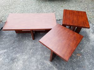 Coffee table an 2 end tables