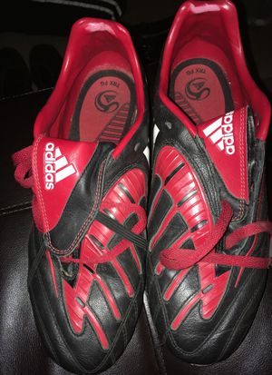 Adidas soccer cleats 9 1/2