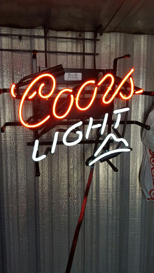 Coors light mountain neon bar sign sports outdoors in coors light mountain neon bar sign mozeypictures Gallery