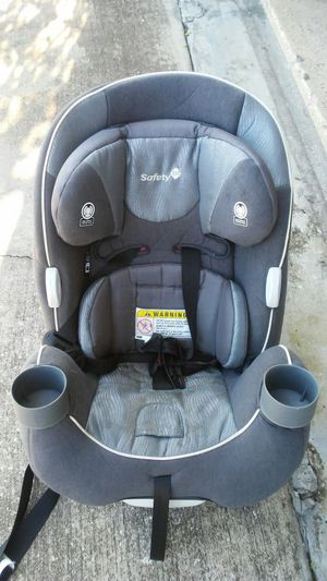 Safety 1st car seat forward and rear facing with cup holders great condition