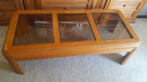 Coffee table and 2 side table, wood with tinted glass
