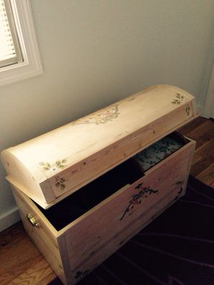 Hand painted Cider trunk with key