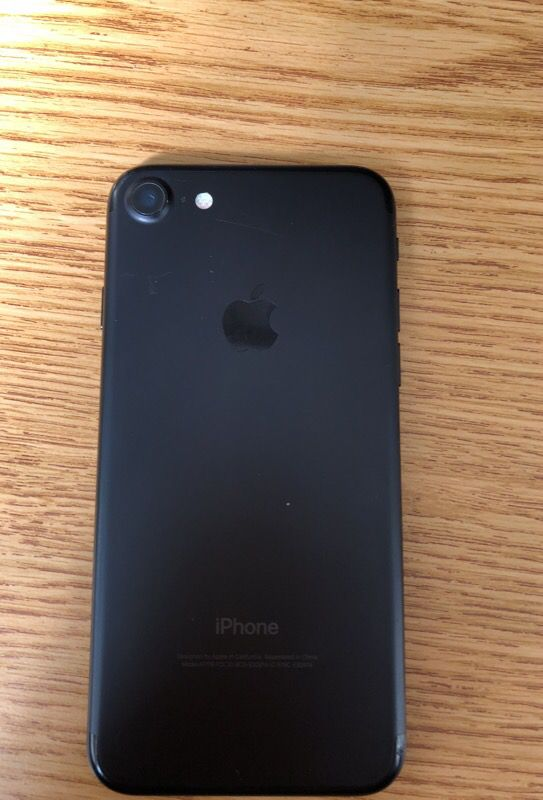 iphone 7, locked carrier, 32GB