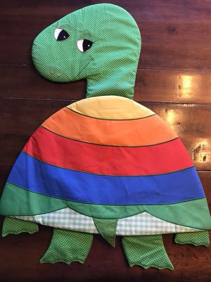 "Turtle plush wall hanging - 29"" x 22"""