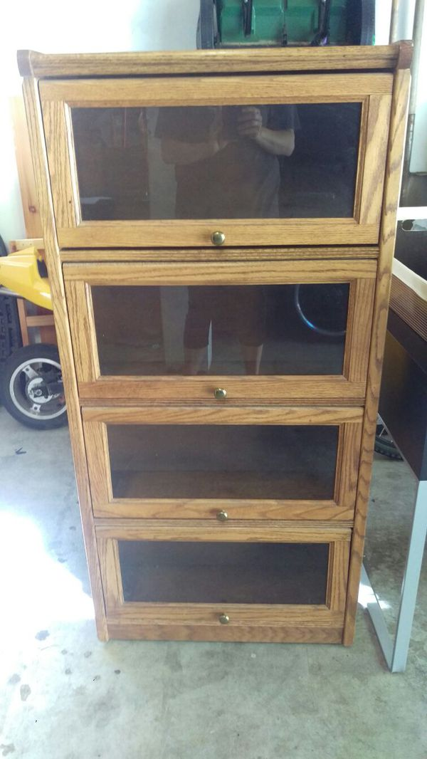 Wood bookshelf furniture in everett wa offerup for Furniture in everett