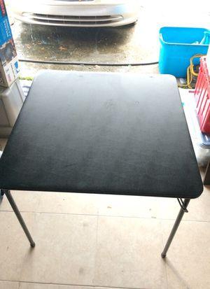 Folding square table 34x34
