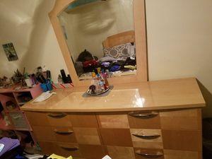 Heavy Dresser with mirror