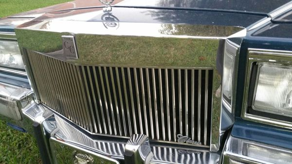 Cadillac fleetwood brougham classic house grille 1983 1984 for Classic house 1990