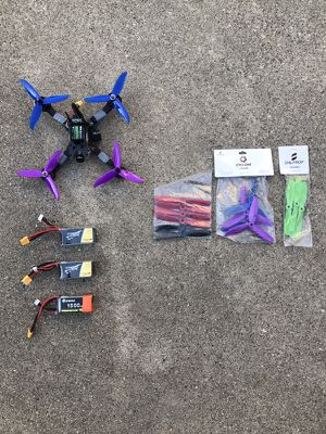 FPV Quadcopter with batteries and props