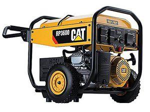 Cat 4,500 watt gas generator. 5 outlet. 13 hour run time!