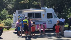 Food truck Soft Serve ice cream truck