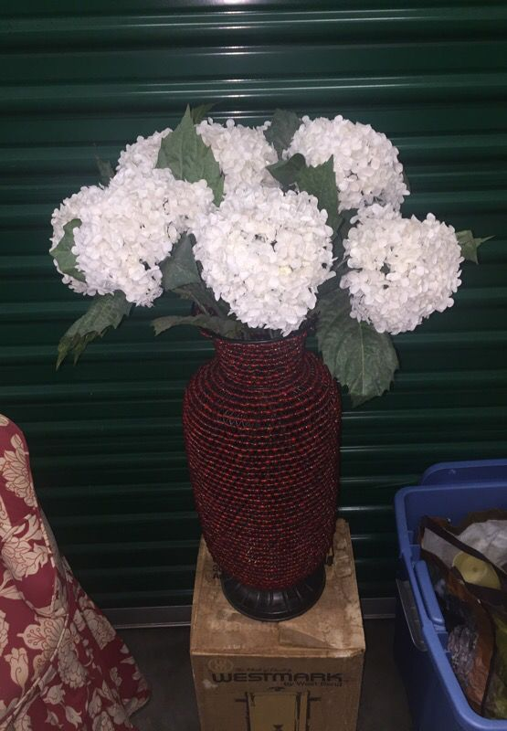 Cool Beaded Flower Vase With Silk Flowers Furniture In Long Beach