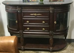 American Signature Furniture Buffet