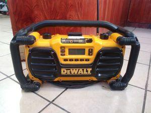 DeWalt DC012 Job Site Radio/Charger