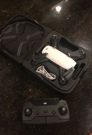 DJI Spark with controller and extra propellers