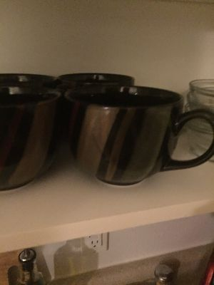 Plate set with 12 bowls, small plates, large plates, and coffee cups