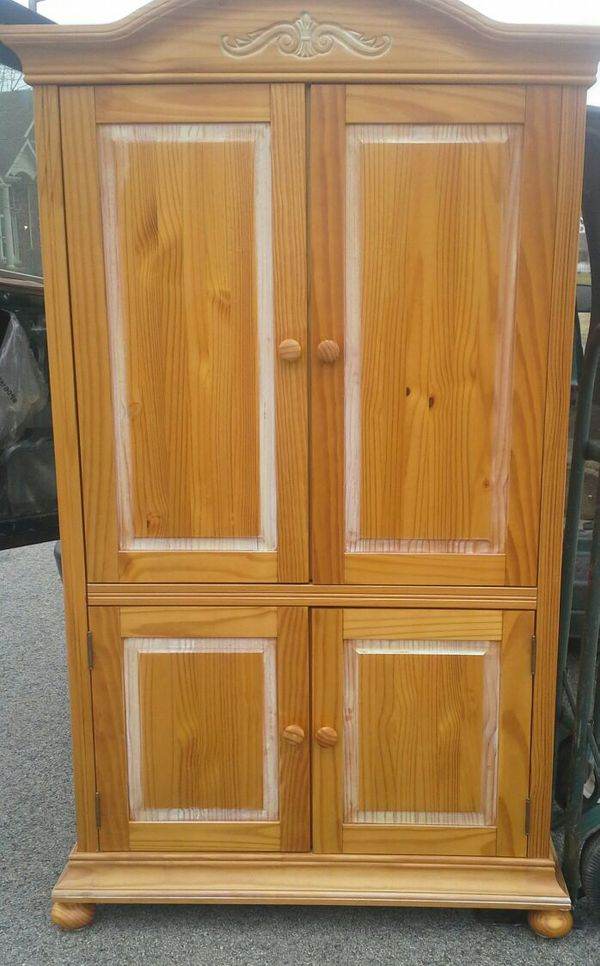 Wood armoire furniture in chicago il offerup for Furniture 60614