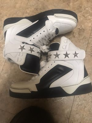 Givenchy Sneakers Size 7