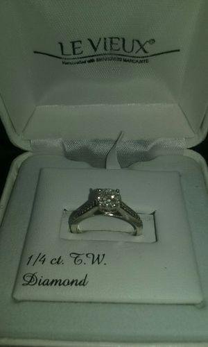 Le Vieux 1/4ct. T.W Diamond ring