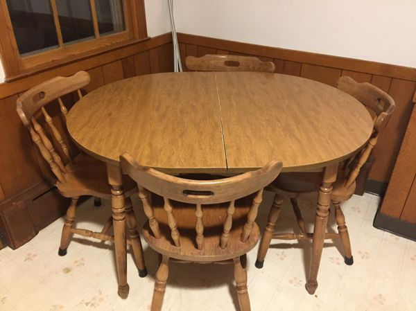 kitchen table with 4 chairs like new household in newington ct