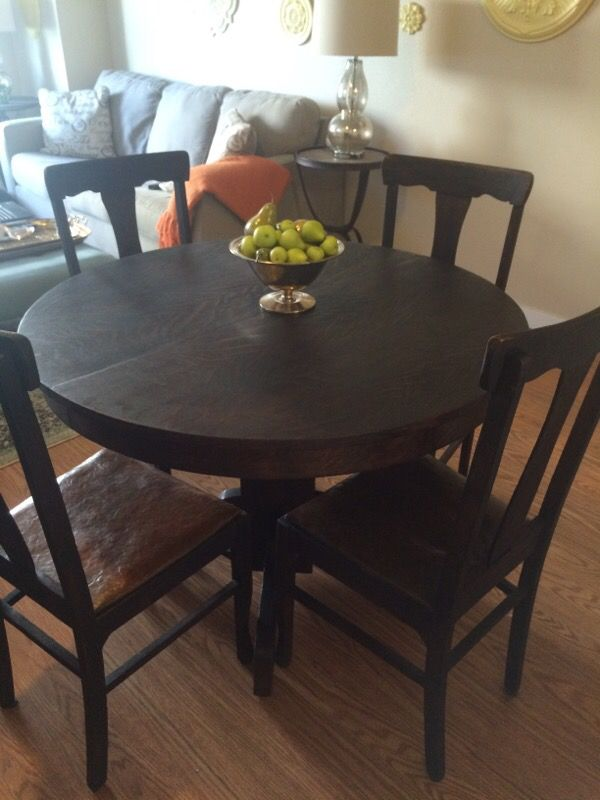 Antique pedestal dining table w chairs furniture in for Furniture pick up seattle