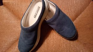 Like New Land's End Suede Slip Ons 7 1/2